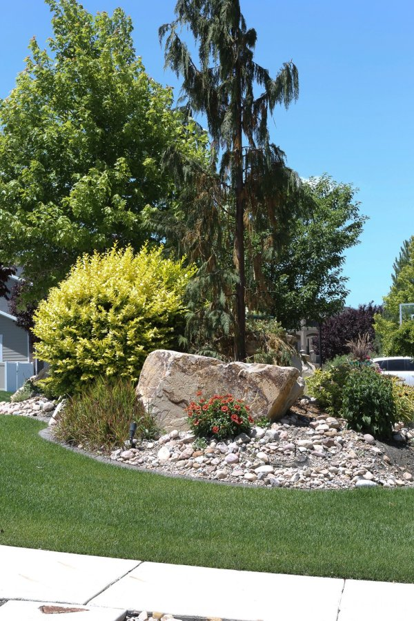 tips landscaping with rocks