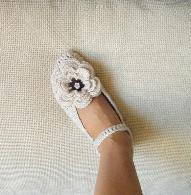 Mary Jane slippers with 3Dflower by Accessorise
