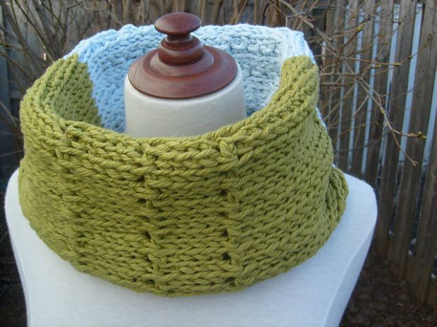Summer Cowl by ACCROchet