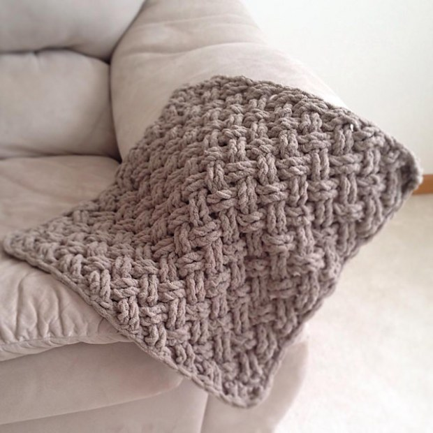Diagonal Weave Blanket by Crochet by Jennifer
