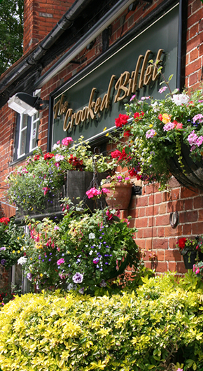 Traditional Country Pub in Bucks - Xmas Pub Lunches Marlow