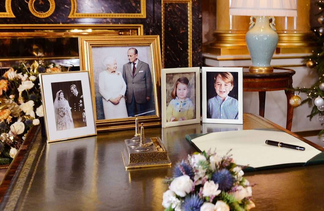 queen 39 s christmas speech tributes to manchester london and the duke of edinburgh the crown. Black Bedroom Furniture Sets. Home Design Ideas