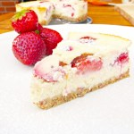 Strawberry Cottage Cheese and Greek Yoghurt Cheesecake