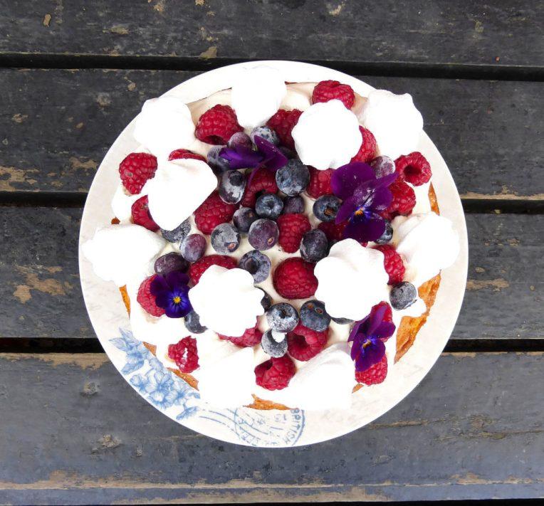 Eton Mess Victoria Sandwich Cake