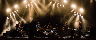 "Wilco Honors Jeff Tweedy's Dad & Responds to Recent Events in Charlottesville With ""All Lives, You Say?"""