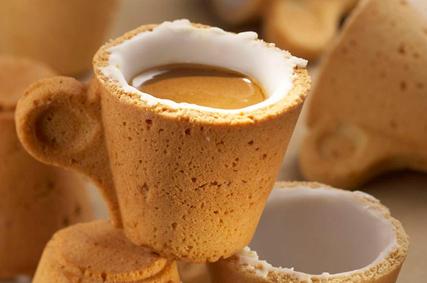 Lavazza espresso cup made of cookie