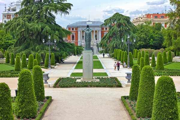 Buen Retiro Park - Little Bit Of Heaven In Madrid