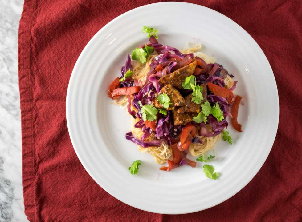 tamarind glazed tempeh stir fried vegetables rice noodles
