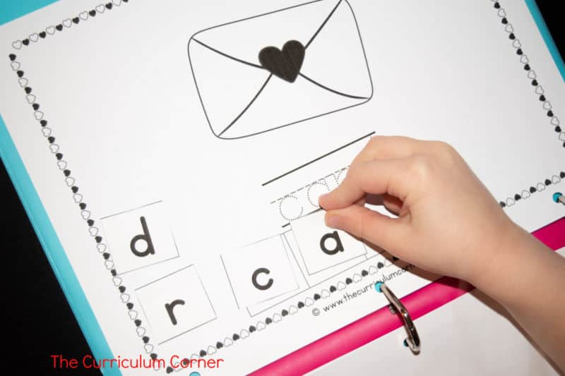 Valentine's Day Reading Intervention Binder free from The Curriculum Corner 4