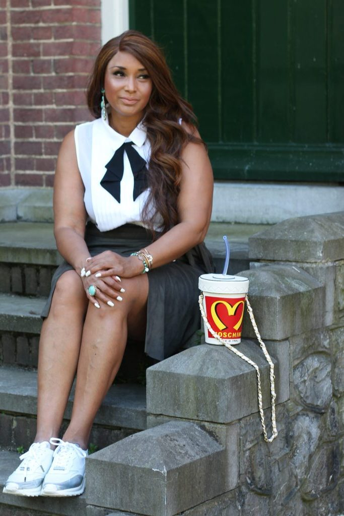 MS MODE & FAB AND LUXURY CURVES