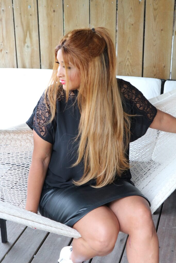 Fab and Luxury Curves curvy fashion blogger