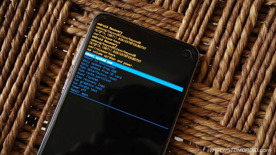"""Galaxy S20 Stock Recovery - Выбрать """"Перезагрузите систему"""" после сброса настроек"""