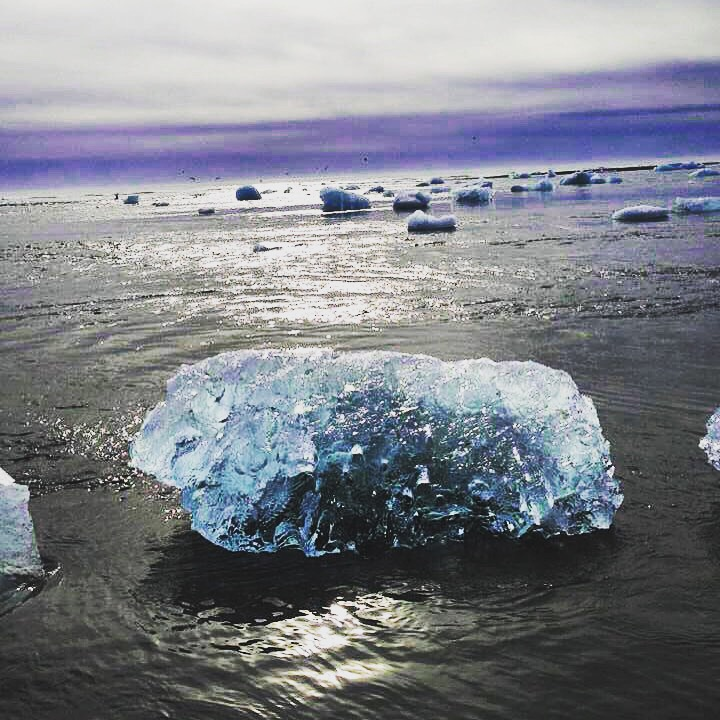 Jökulsárlón, the most beautiful place in iceland www.thedailyadvnenturesofme.com