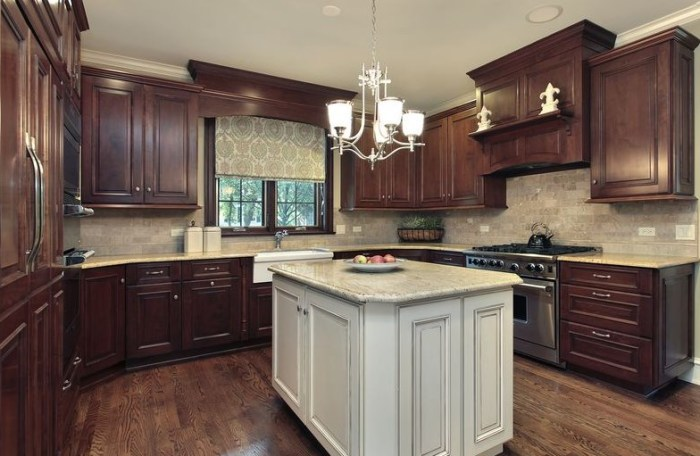 two tone kitchen cabinets granite