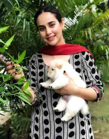 Sunanda-Sharma-With-her-Dog