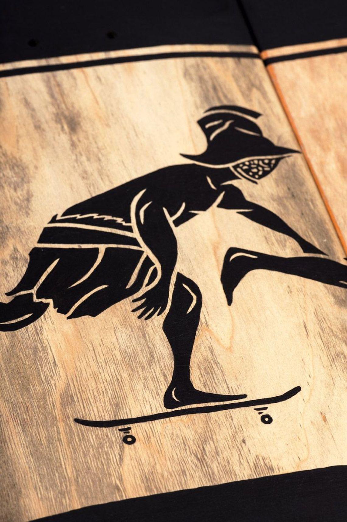 Skunus Gladiatorium Skate Sculpture By Rom Avjc 12