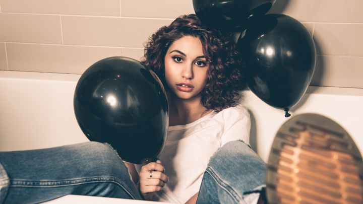"""[Pick Of The Week] Alessia Cara - """"Scars To Your Beautiful"""""""