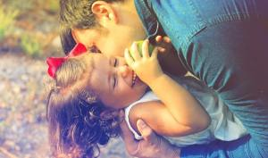 7 Ways Kind Parents Make Kids Feel Good About Themselves