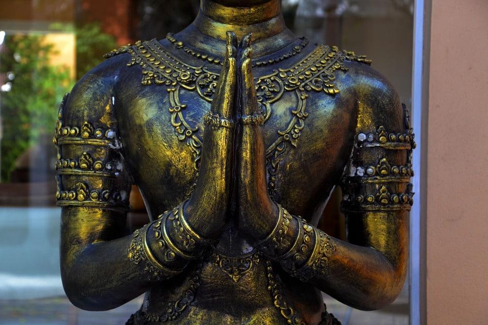 19 Benefits Of Loving Kindness Meditation / Metta Bhavana