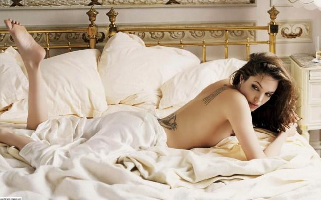 Angelina_Jolie_Hot_Wallpapers