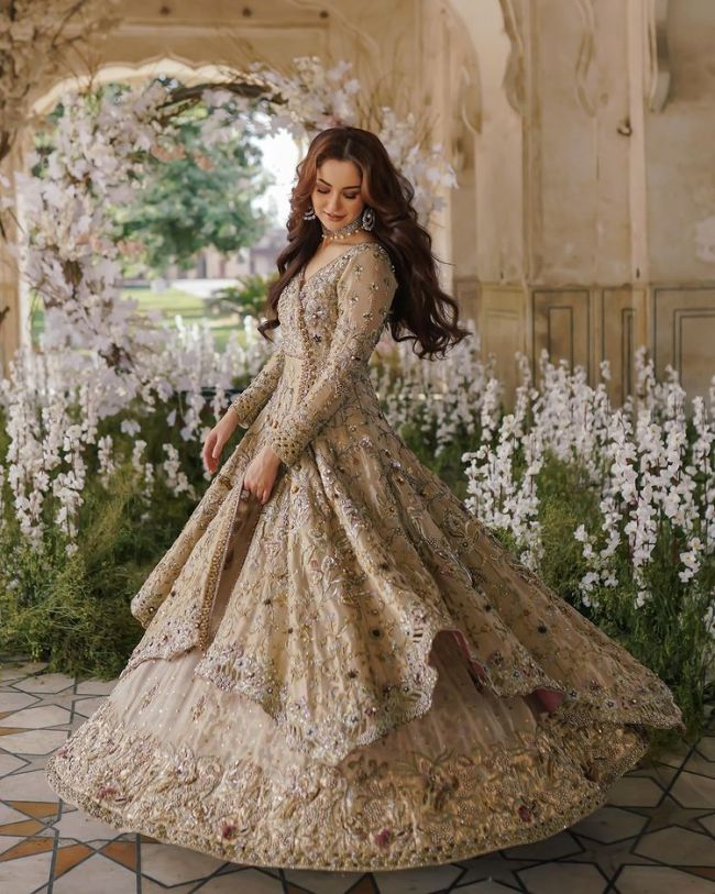 Hania Amir Bridal Clothing