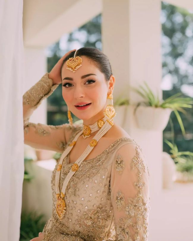 Hania Amir Bridal Photoshoot