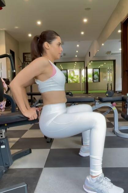 Workout Aamna Sharif