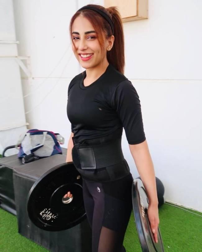 Pakistani Actresses-Workout-Gym