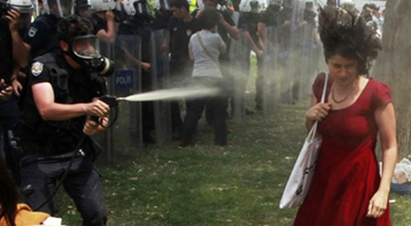 turkish-pepper-spray-incident