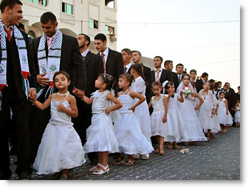 mass-muslim-wedding-to-child-brides-gaza
