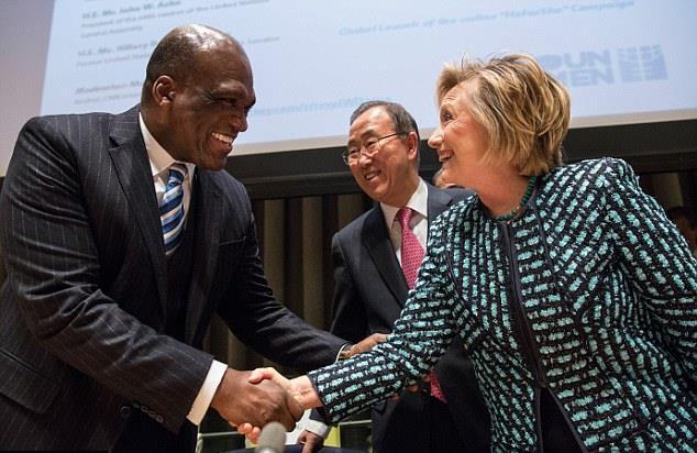 John-Ashe-And-Hillary-Clinton