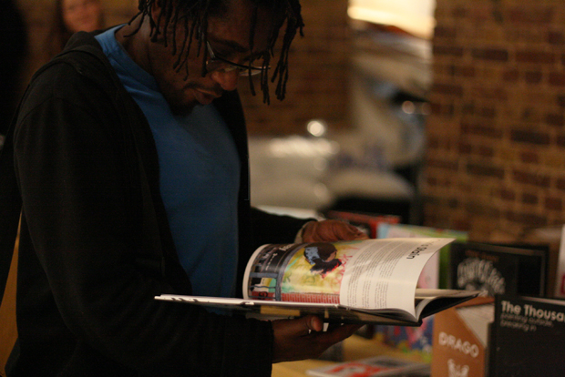 Man Reading 620