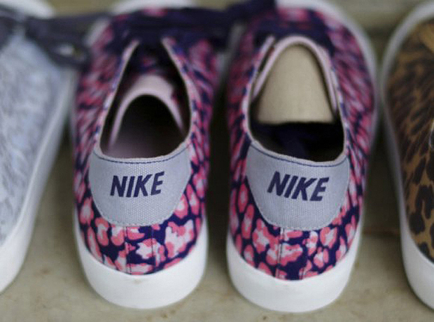 another chance 7532f 83b4d ... fragment design x Nike Zoom All Court 2 Low Leopard Pack ...