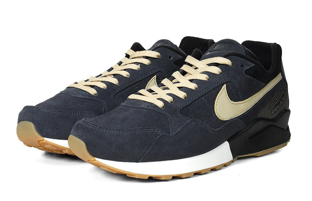 If you re looking for a solid pair of kicks with both subtlety and edge –  the Nike Pegasus  92 might be right up your alley.Reissues of classic  trainers ... 2d344f246
