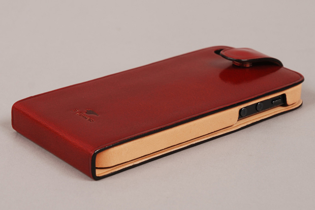 Il Bussetto Leather Flip iPhone 5 Case 02
