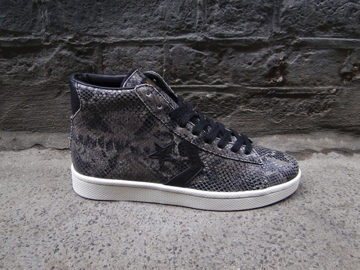 Converse-First-String-Year-of-the-Snake-Pack-6