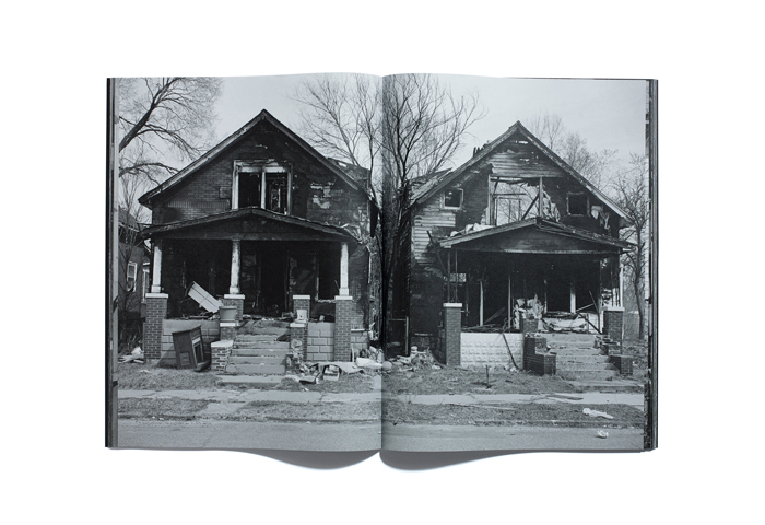 Bruce-Gilden-Foreclosures-By-Browns-Editions-01