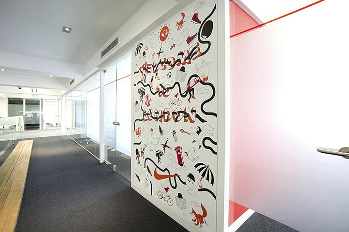 Nike redesigns UK headquarters 04