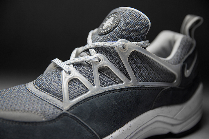 Footpatrol Nike Huarache Light Concrete 004