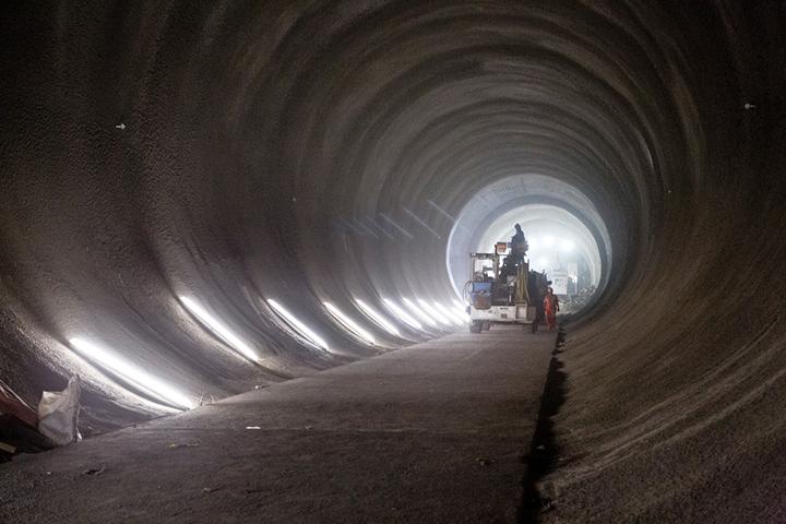 Take a look inside Londons new Crossrail tunnels 06