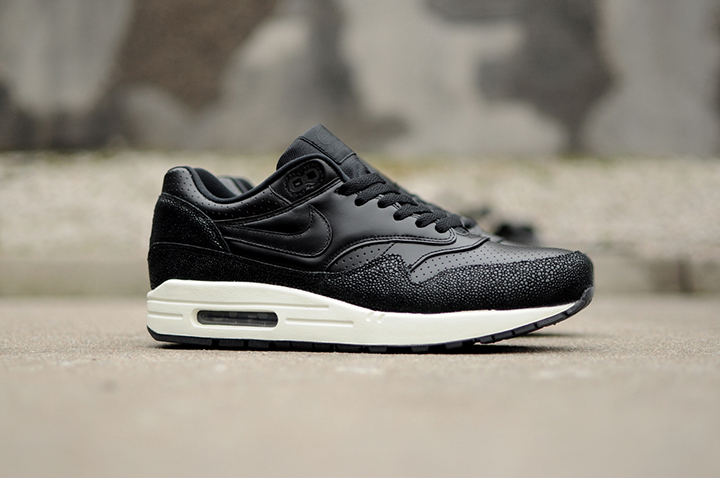 b6534acd4d58c Nike Air Max 1 Leather PA  Stingray  (Black)