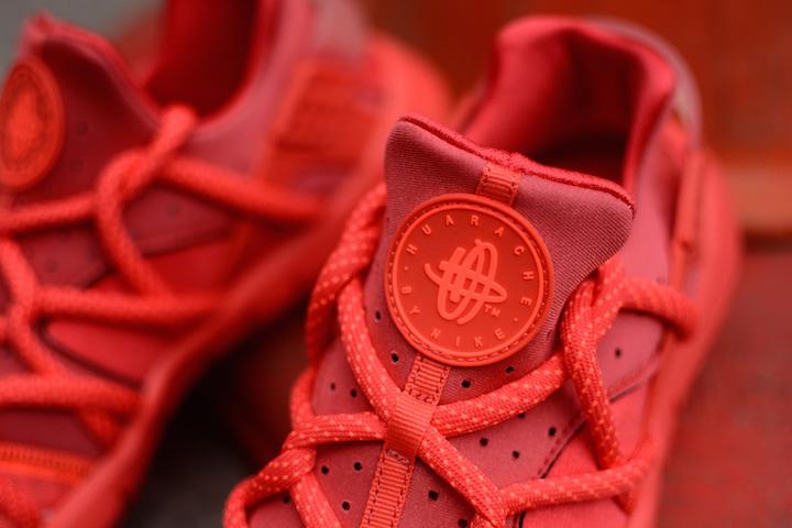 Nike-Air-Huarache-Hot-Lava-3