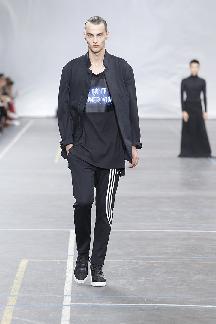 Y-3-SS16-Show-3-STRIPES-IN-MOTION-05