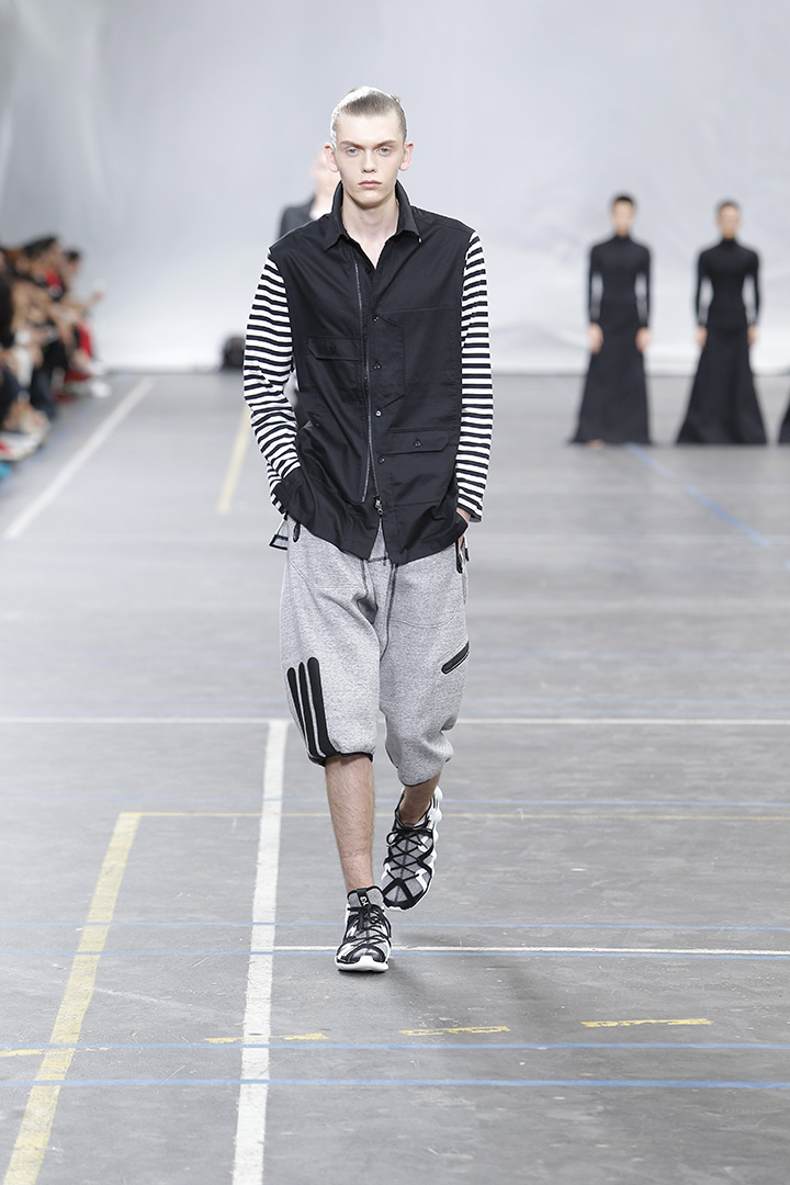 Y-3-SS16-Show-3-STRIPES-IN-MOTION-09