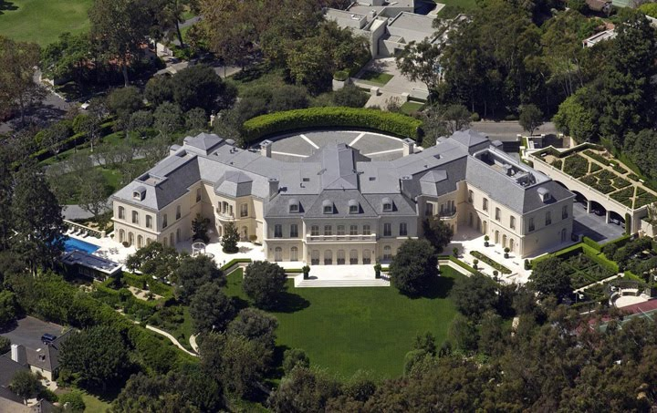 Worlds Biggest And Coolest Mansions
