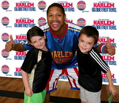 Harlem Globetrotter Summer Skills Clinics Info (and Coupon Code)