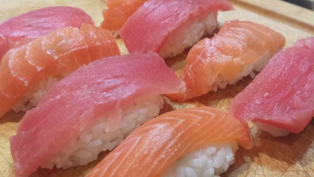 Homemade Nigiri - How to make sushi #recipes