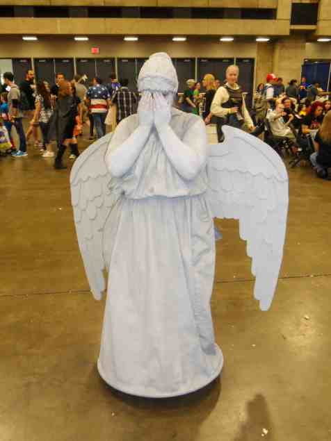 dr-who-weeping-angel-cosplay