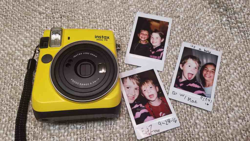 FUJIFULM INSTAX - pictures in an instant