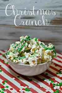 Easy Christmas Crunch Popcorn Recipe